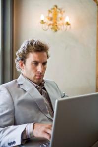 0303-online-dating-lie-cheat-men_sm